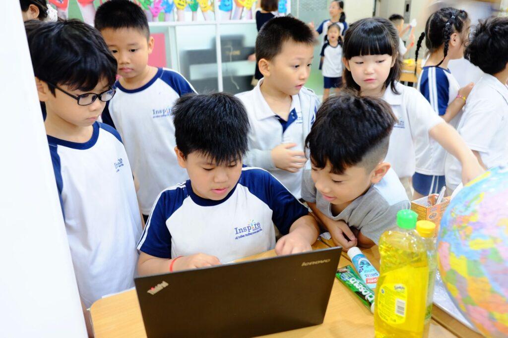 học sinh trường liên cấp isp schools